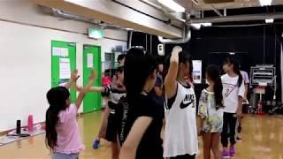アクターズスクール広島の福山校のレッスンの様子です。 9月24日に行わ...