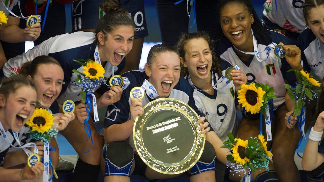 La gioia azzurra all'EHF Championship