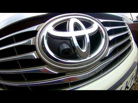 Камера переднего вида Toyota Camry 50! Берегите бампера!