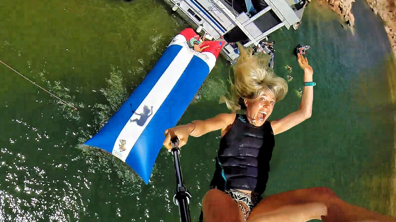 Catapulta umana nell'acqua  con selfie -  In 4k