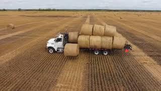 Self Loading-Self Unloading Round Bale Truck