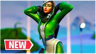 "FORTNITE *NEW* CUTE ""SYNAPSE"" SKIN SHOWCASED /w 44 DANCE EMOTES 😍❤️"