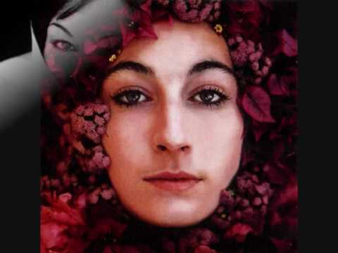 Anjelica Huston-video with some images