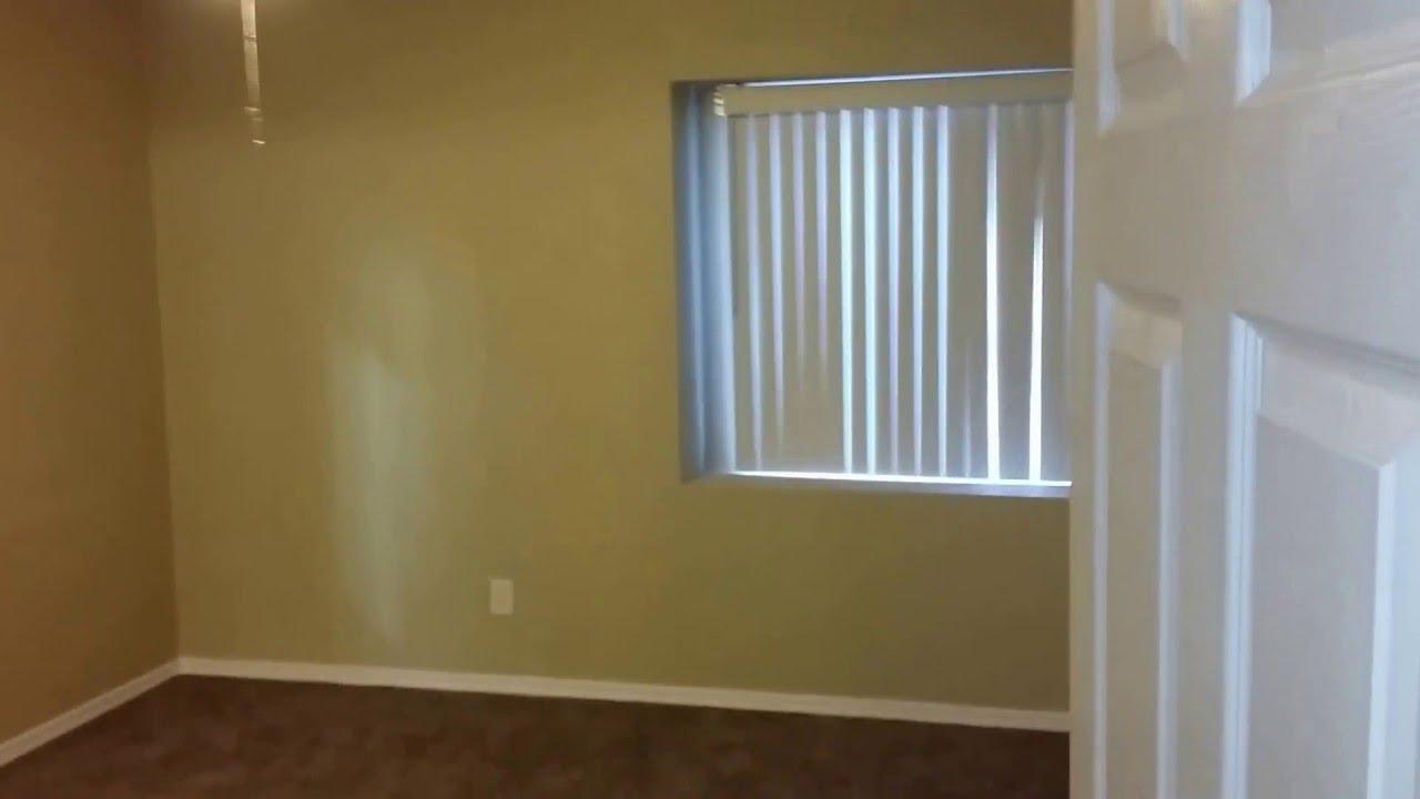 975 Al 2550 Madison Ave Yuma Az Master Bedroom And Bath