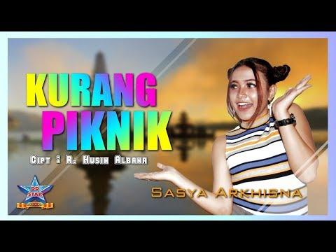 Sasya Arkhisna - Kurang Piknik [OFFICIAL]