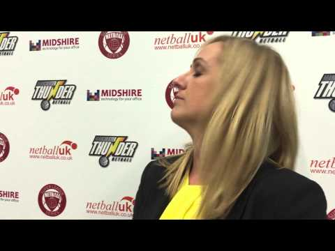 Denise Evans talks to Tracey Neville following Thunder's win over Dragons