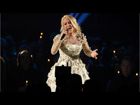 Carrie Underwood Shows Her Face At ACM Rehearsal