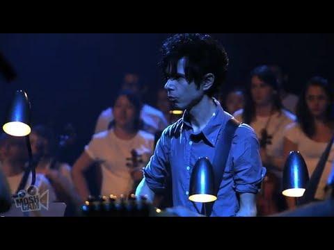 Nick Zinner (Yeah Yeah Yeahs) - Fall (Sydney Festival) | Moshcam
