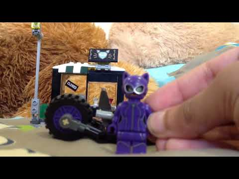 Lego Reviews Episode 2 : Cat Women jewelry store robbery