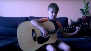 Как играть песню Пачка Сигарет на гитаре.