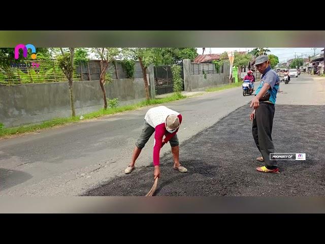 Tulungagung – Dinas PUPR Lakukan Penambalan Jalan dan Pengambilan Limbah Toilet