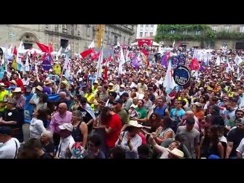 Miles de persoas maniféstanse co BNG no Día da Patria Galega