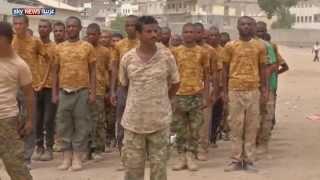 تدريب مقاومين تطوعوا بالجيش اليمني