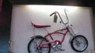 Blue Moon Bikes Classic Schwinn Sting-Ray Krate Museum