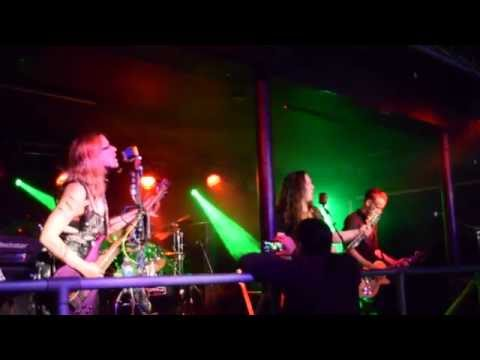 FyreSky - Christina Perry: Jar Of Hearts Cover - Live From Chinnerys