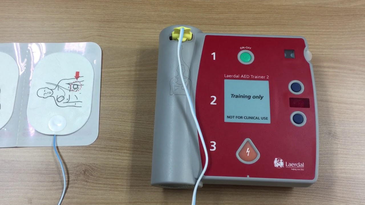 TEST AED trainer 2