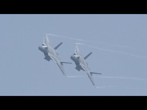 China's Latest Stealth Fighter J-20 Stages Wonderful Performance at Air Show