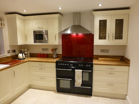 Fitted kitchens for very small spaces youtube for Small fitted kitchens