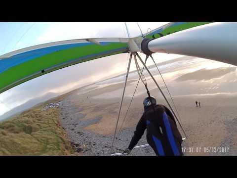 2017   Banna beach, Ireland . Hanggliding the Alantic Gales