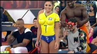 Repeat youtube video Sexy Brazilian Soccer Body Paint Girl