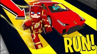 RUN AS FAST AS A CAR In Minecraft MINECRAFT FLASH SUPERHERO Parkour