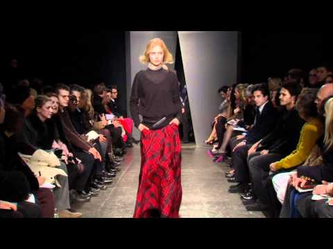Donna Karan Casual Luxe Fall 2012 Runway Show