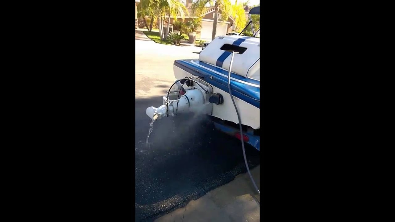 Hose hook up for boat