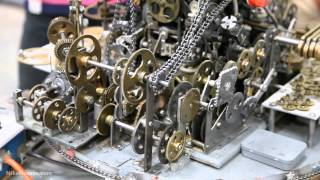 Repeat youtube video The amazing Do Nothing Machine at the Museum of Craftsmanship