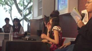 AKB48 - 前田亜美 & 阿部マリア (シンガポール) #5 AKB48's Maeda Ami &...