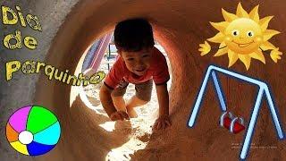 DIA DE PARQUINHO: Crianças fazendo Castelo de Areia e brincando no Parquinho!!