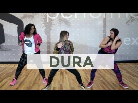 Dura, by Daddy Yankee - Carolina B