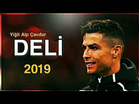 Cristiona Ronaldo • Deli • 2019 • Yiğit Alp Çavdar