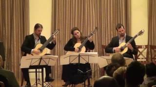Farkas Ferenc: Csángó Sonatina - Venti Chiavi Guitar Trio