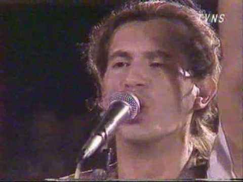 ekatarina-velika-budi-sam-na-ulici-live-novi-sad-1989-pinkfloyd111
