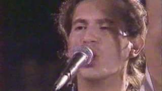 Ekatarina Velika - Budi Sam Na Ulici (Live Novi Sad 1989)