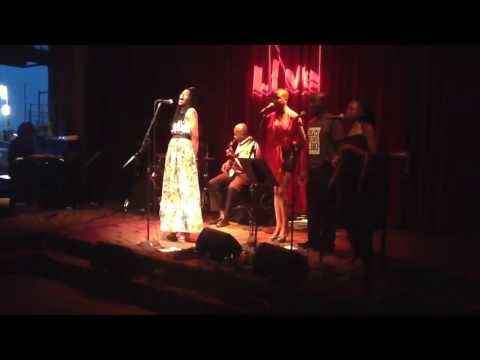 Simphiwe Dana - Mayine (World Cafe Live Philadelphia) 10.July.2013