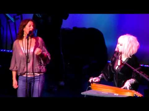 Cyndi Lauper and Sarah McLaughlin  Time After Time duet