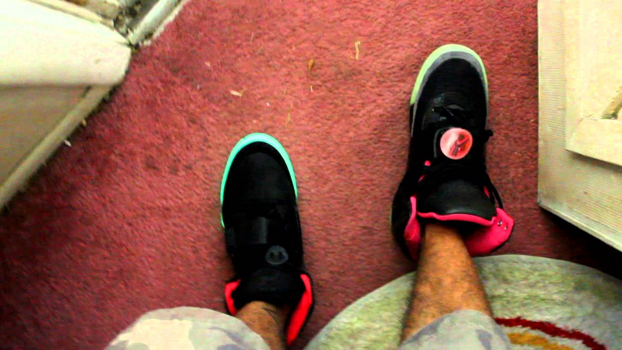 """Yeezy 1 Glow VS. Yeezy 2 Glow """"On Feet"""" - YouTube"""