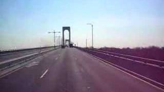 Whitestone bridge w NY