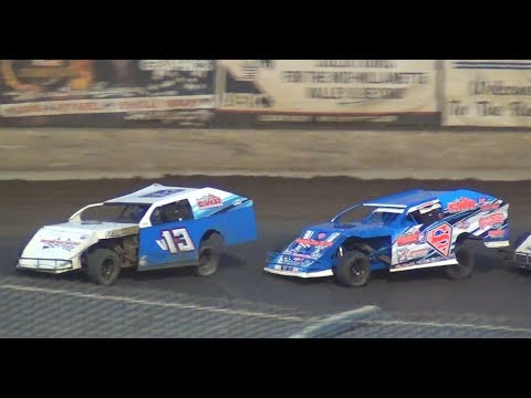 IMCA Modified Feature-Ferrando Dominates@ Willamette Speedway