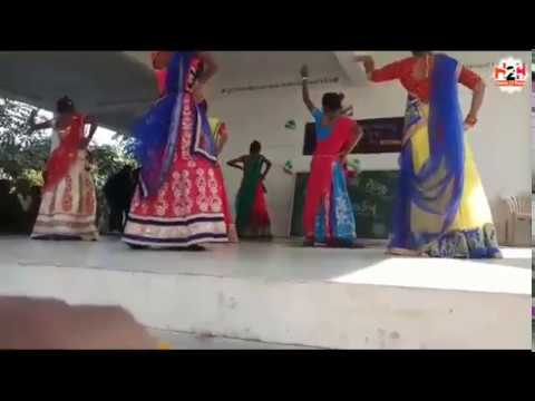 So Ja Kanha Jara ##School Dance