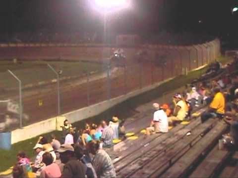 Mark Ruel Jr. wins at putnam county speedway August 8th,2009