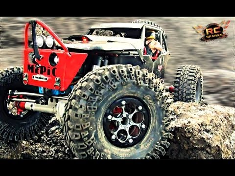 RC ADVENTURES - BLACK WiDOW - 1st Run of a Custom Vanquish / Axial Wraith 4x4 RC Truck