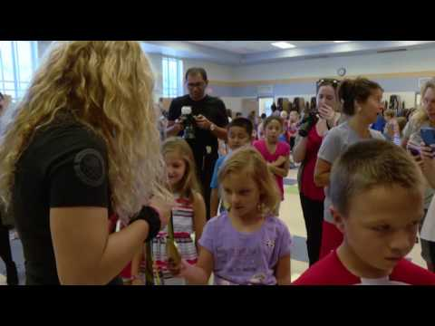 Helen Maroulis Visits MCPS Cashell Elementary School