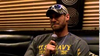 Video Behind The Barn with Chase Rice download MP3, 3GP, MP4, WEBM, AVI, FLV Juni 2018