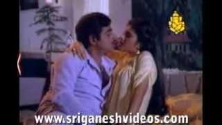 Hoovu Aralide video song from Mr RAJAA  kanada movie