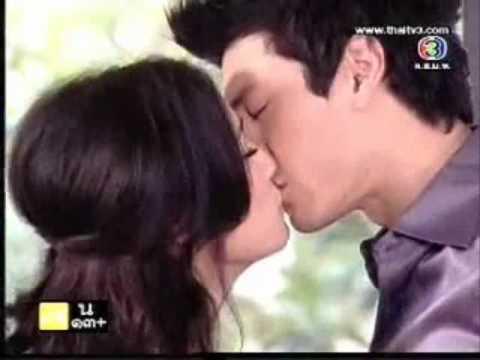 โดม พลอย กอด จูบ หวานใส่กัน @รมมวต