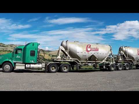 BIG RIGS ROLLIN' ON #11 — TRACTOR-TRAILERS MOVIN' FREIGHT, GRAVEL & GOODS