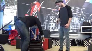 Easywalker MINI stroller lancering op de Negenmaanden Beurs met Jim Bakkum Thumbnail