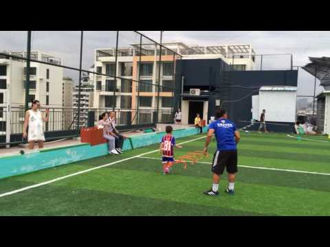 3 to 5 years old - Coach Thiago Melo - soccer practice - Five-Star Sports - Shenzhen, China